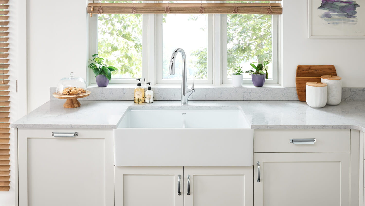 Avery Kitchen Collection of Faucets and Sinks