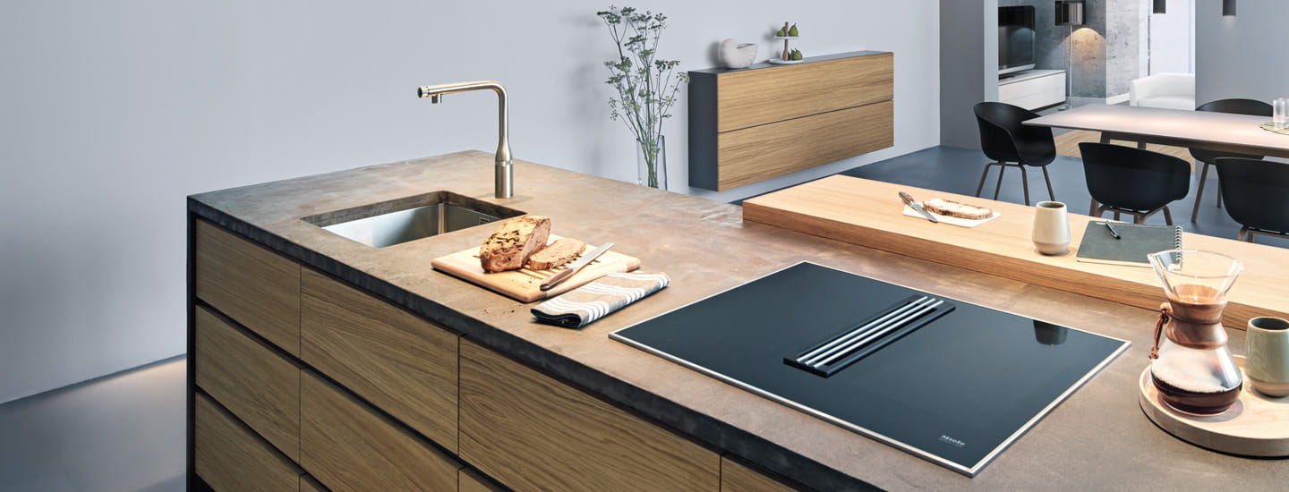 GROHE Essence SmartControl Kitchen Faucet in Kitchen with Bread