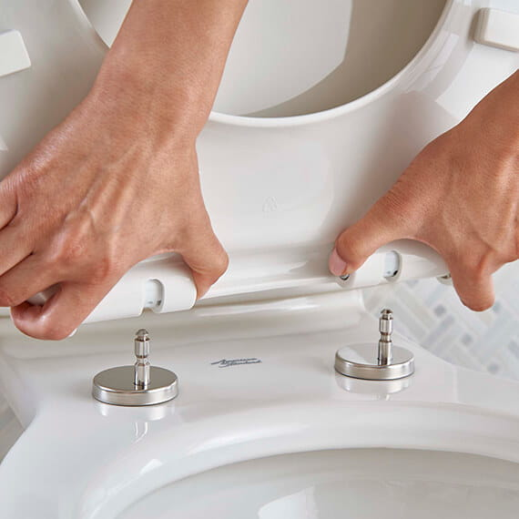 Acticlean toilet seat