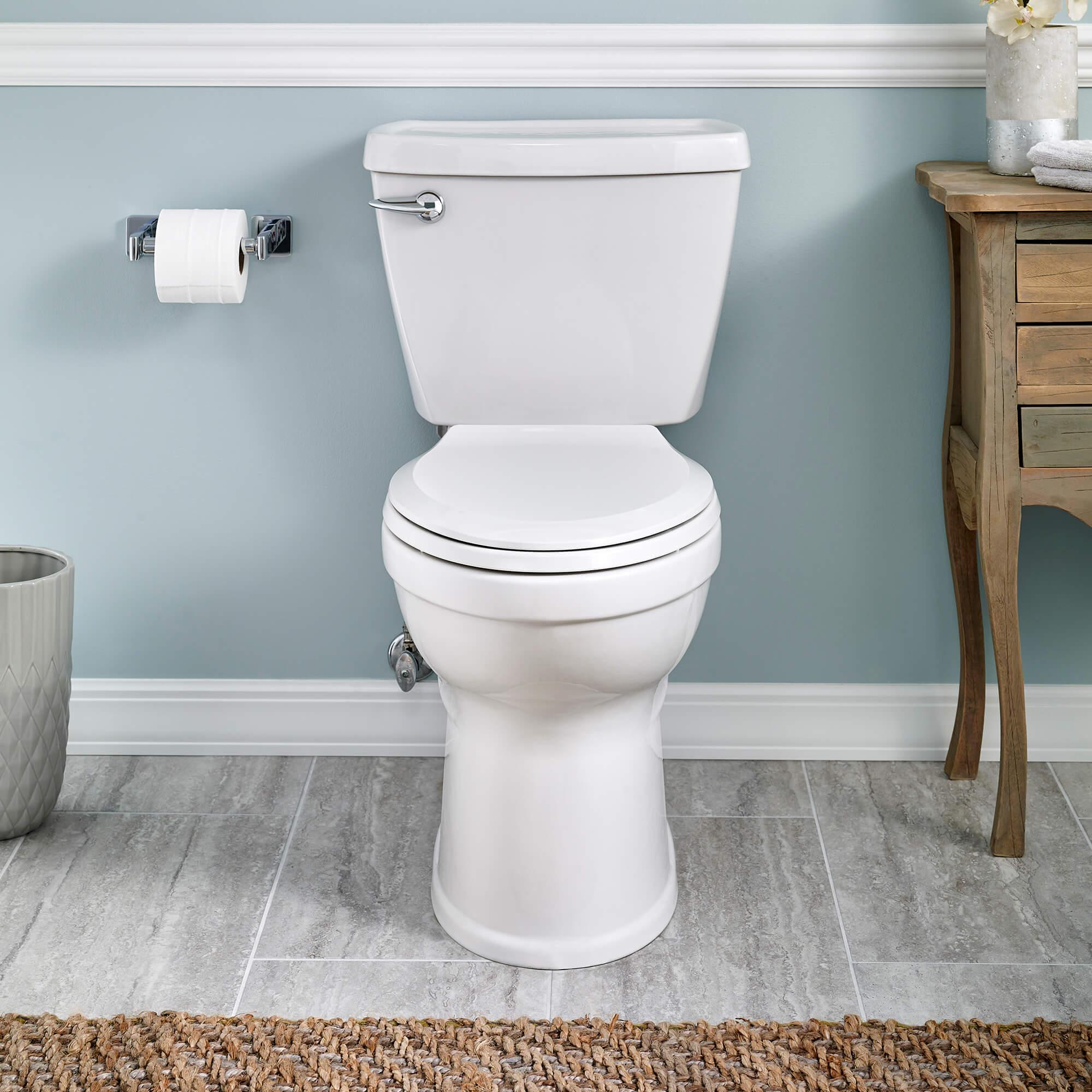 Champion 4 Toilet
