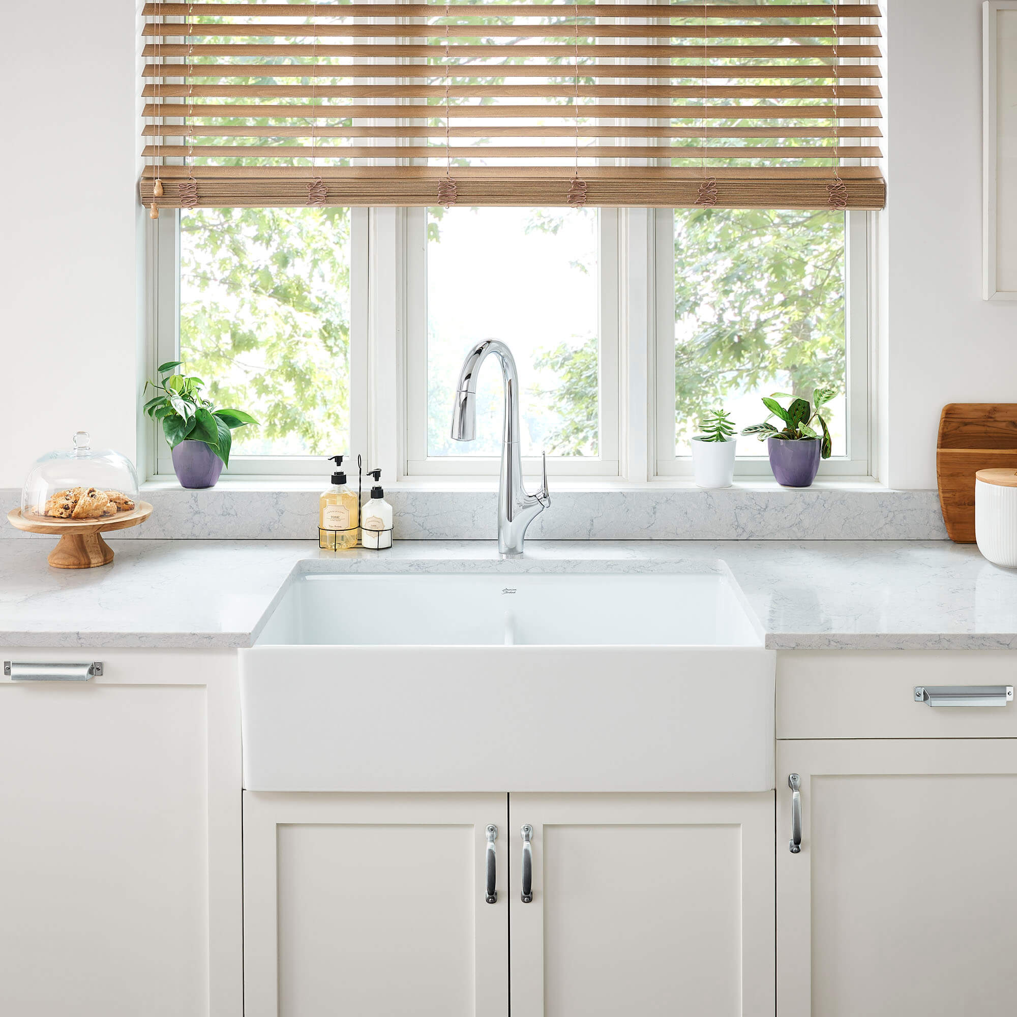 Avery Kitchen Faucet