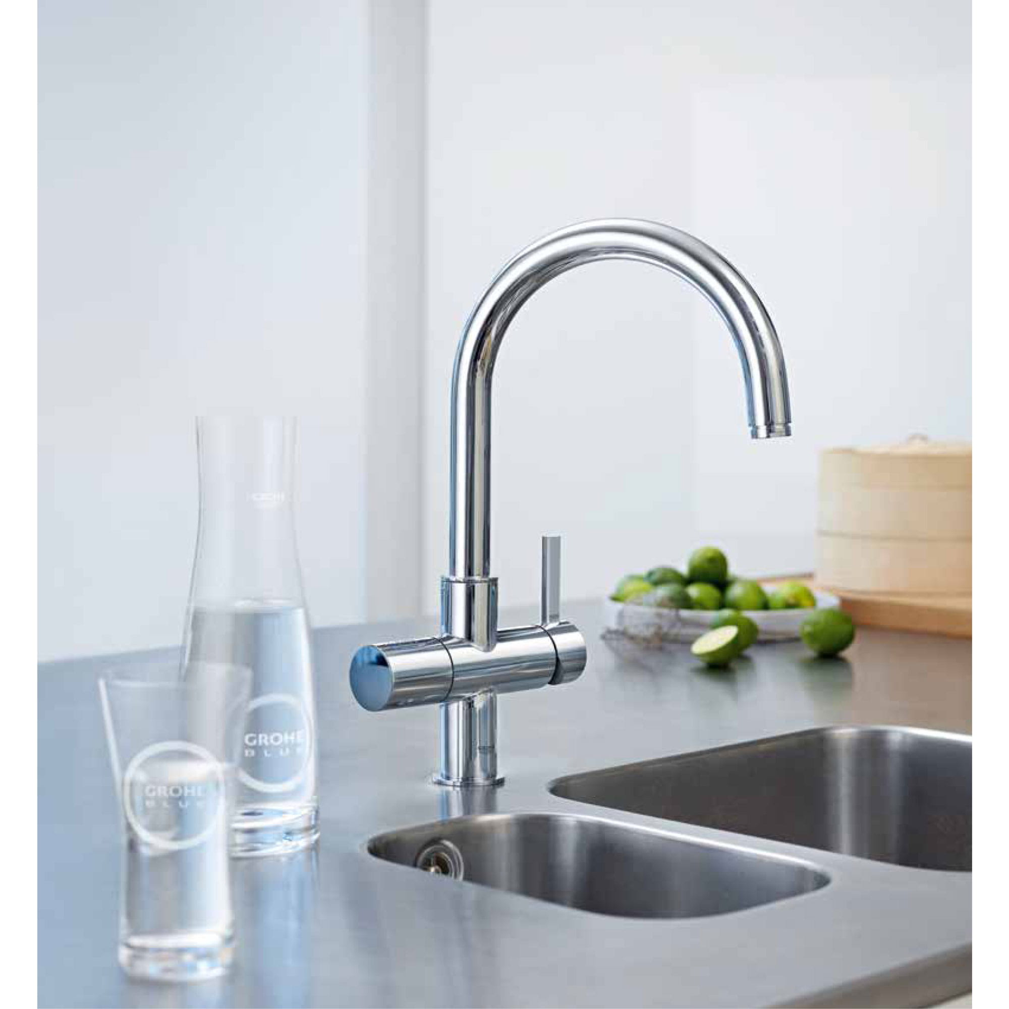 faucet with GROHE glasses