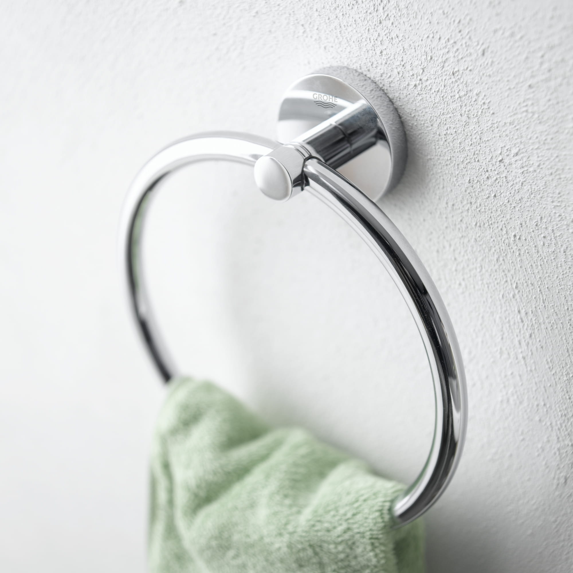 GROHE Towel Ring with Green Towel