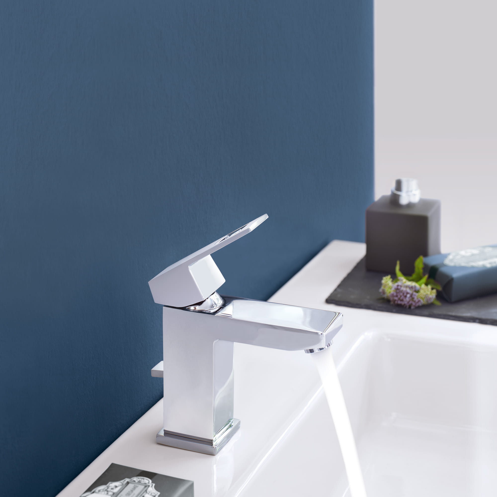 GROHE Eurocube Faucet with blue background