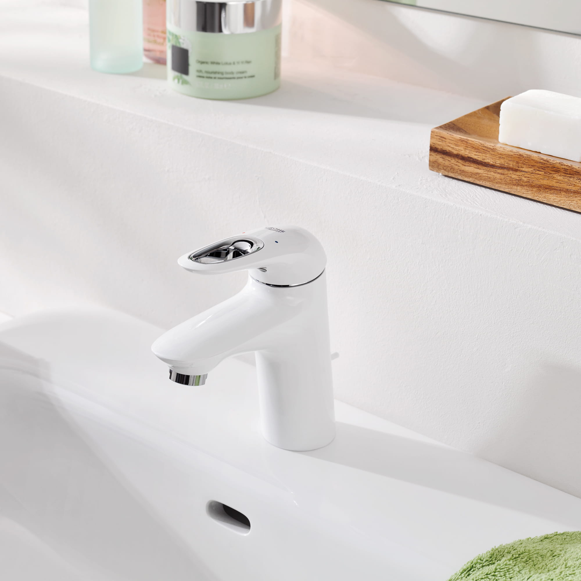 GROHE Eurostyle faucet with sink