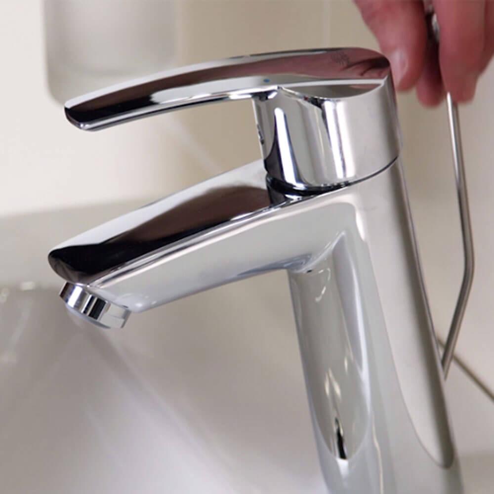 Installer un robinet à levier unique