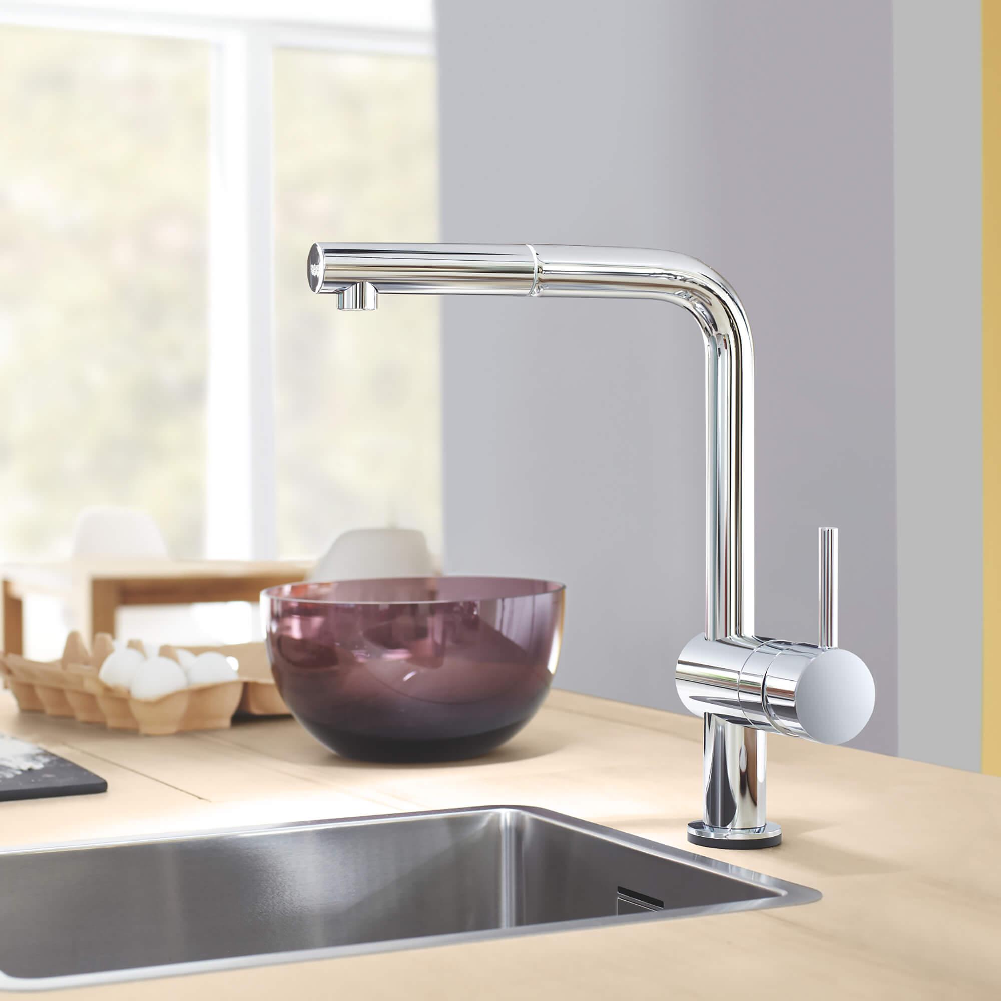 Minta Touch kitchen faucet