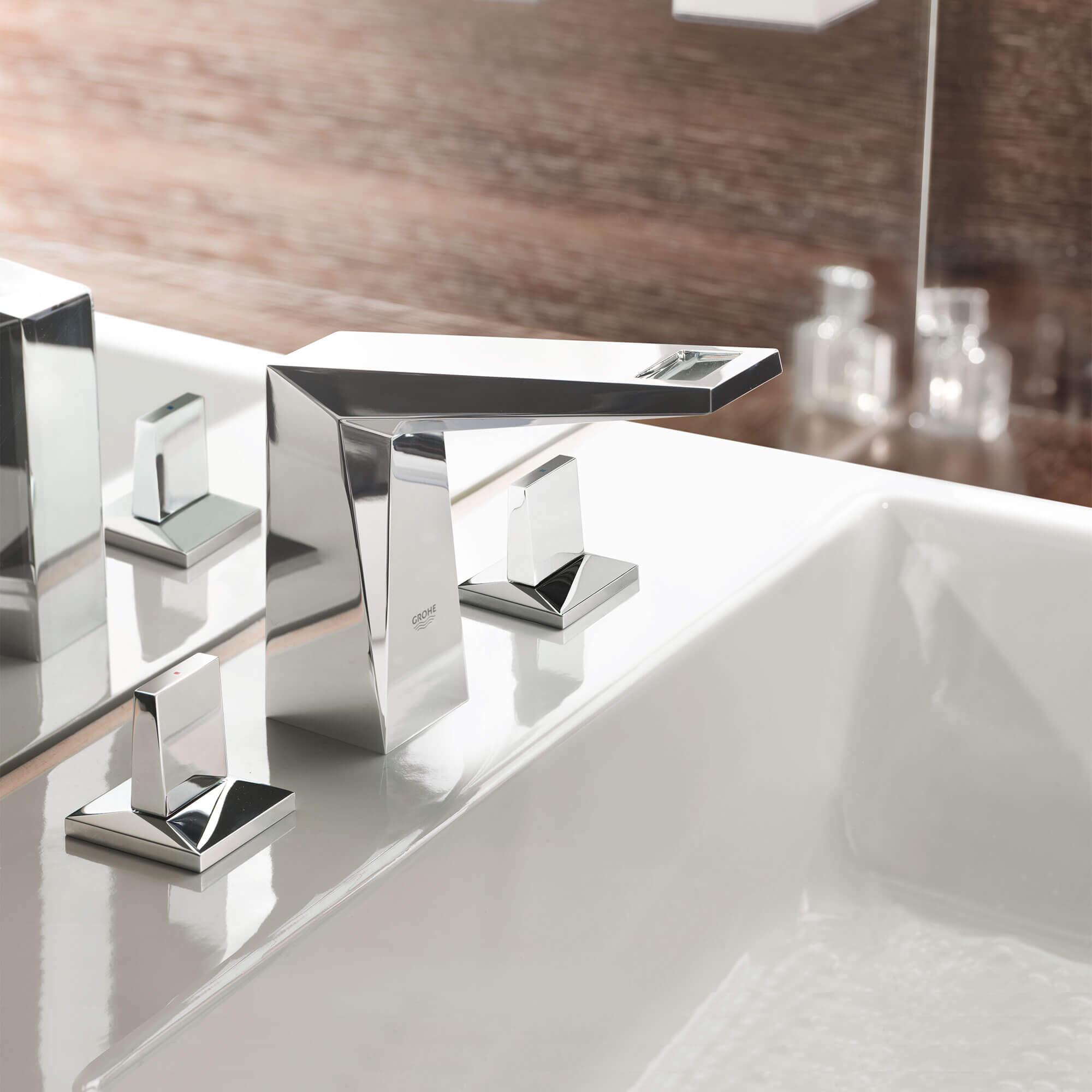 Allure Brilliant Tub Faucet