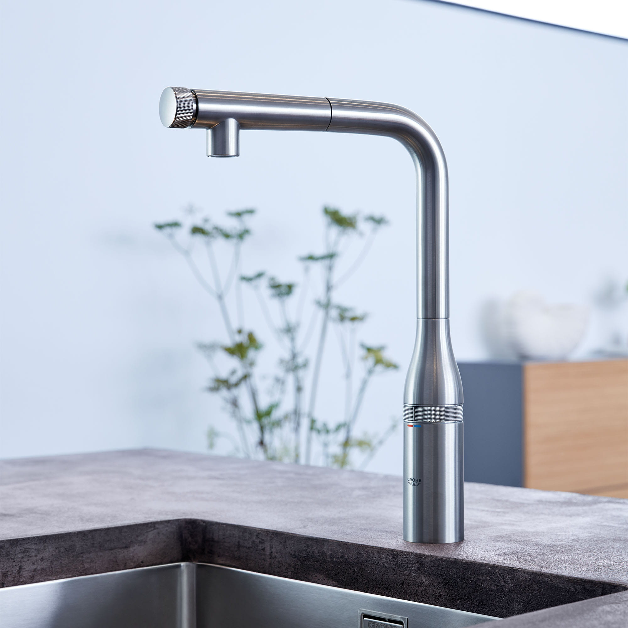 Essence SmartControl Kitchen Faucet