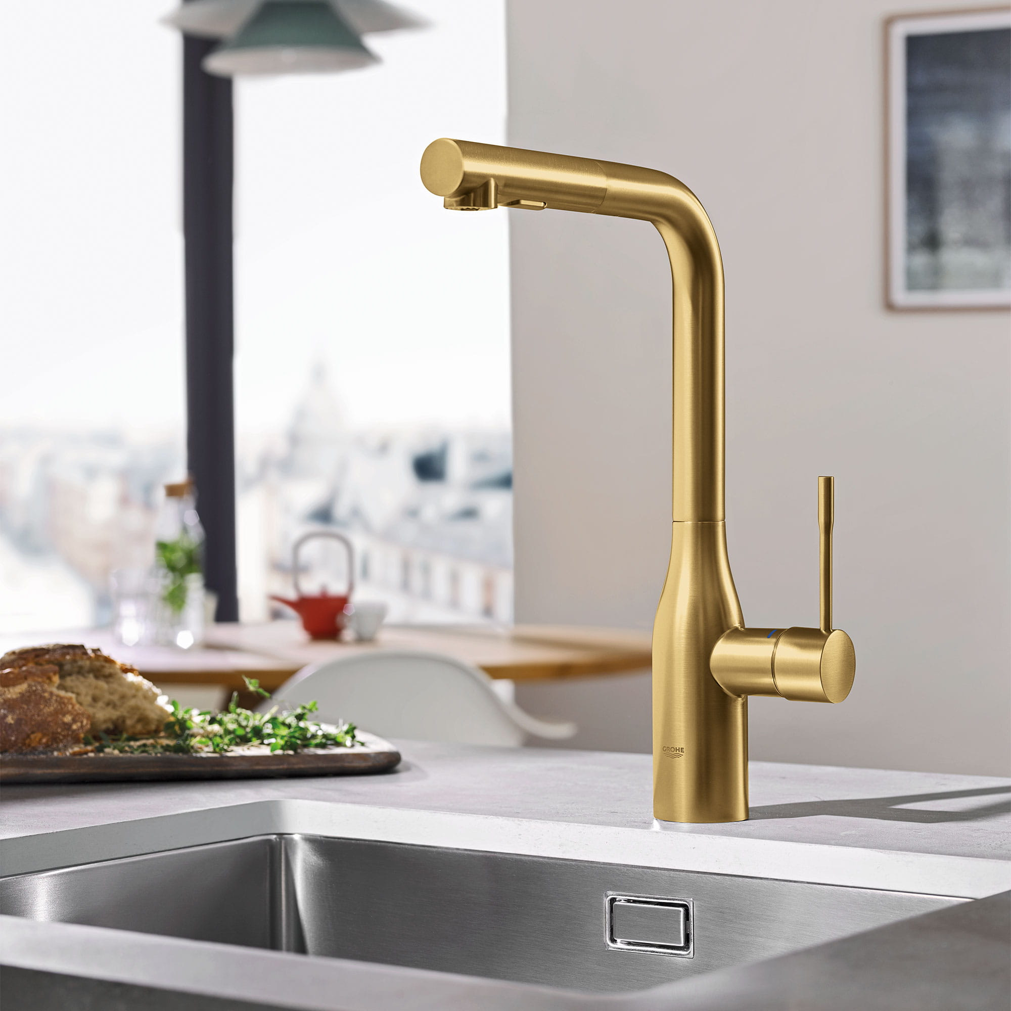 Essence Kitchen Faucet in Gold
