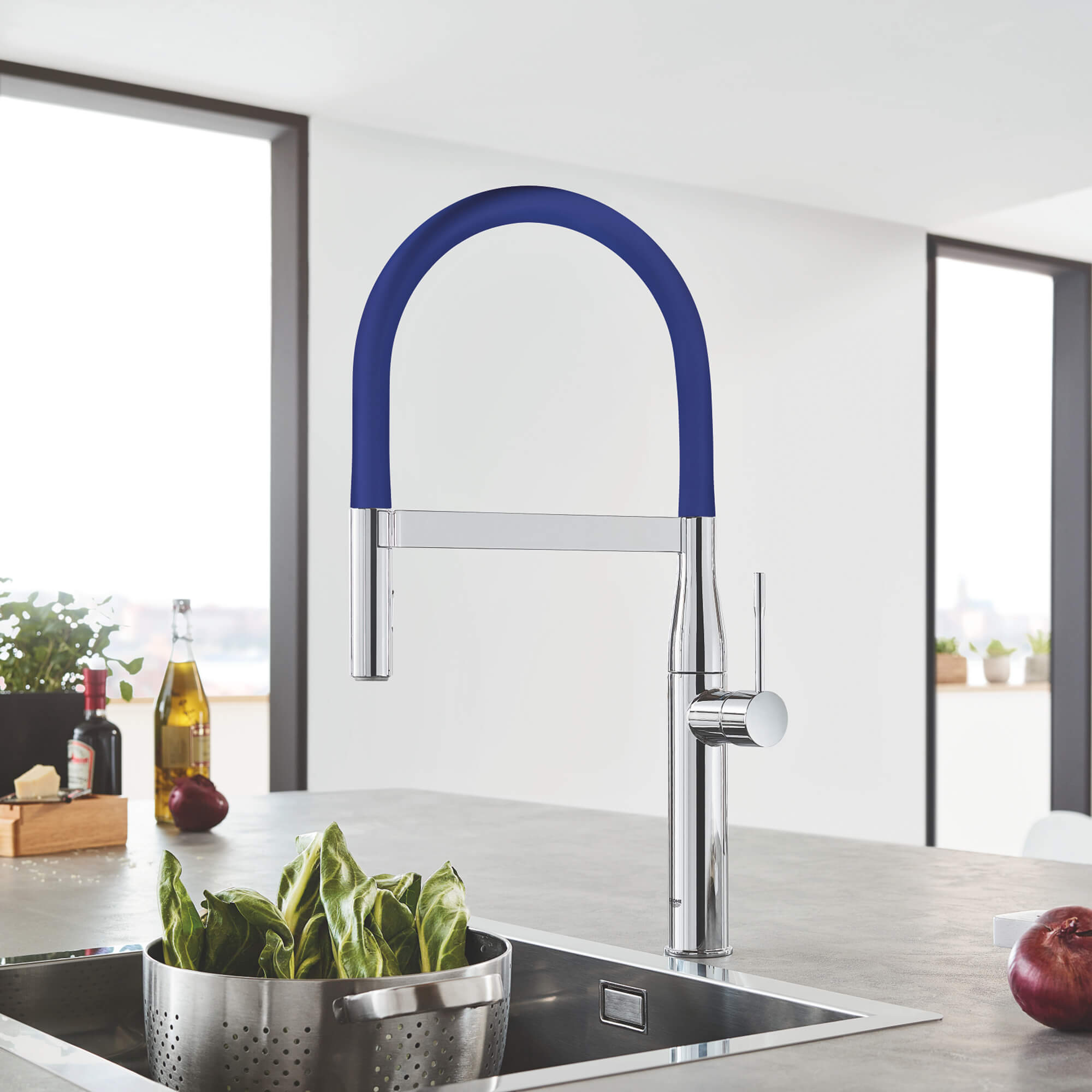 GROHE Essence Kitchen Faucet with vegetables in bowl in sink