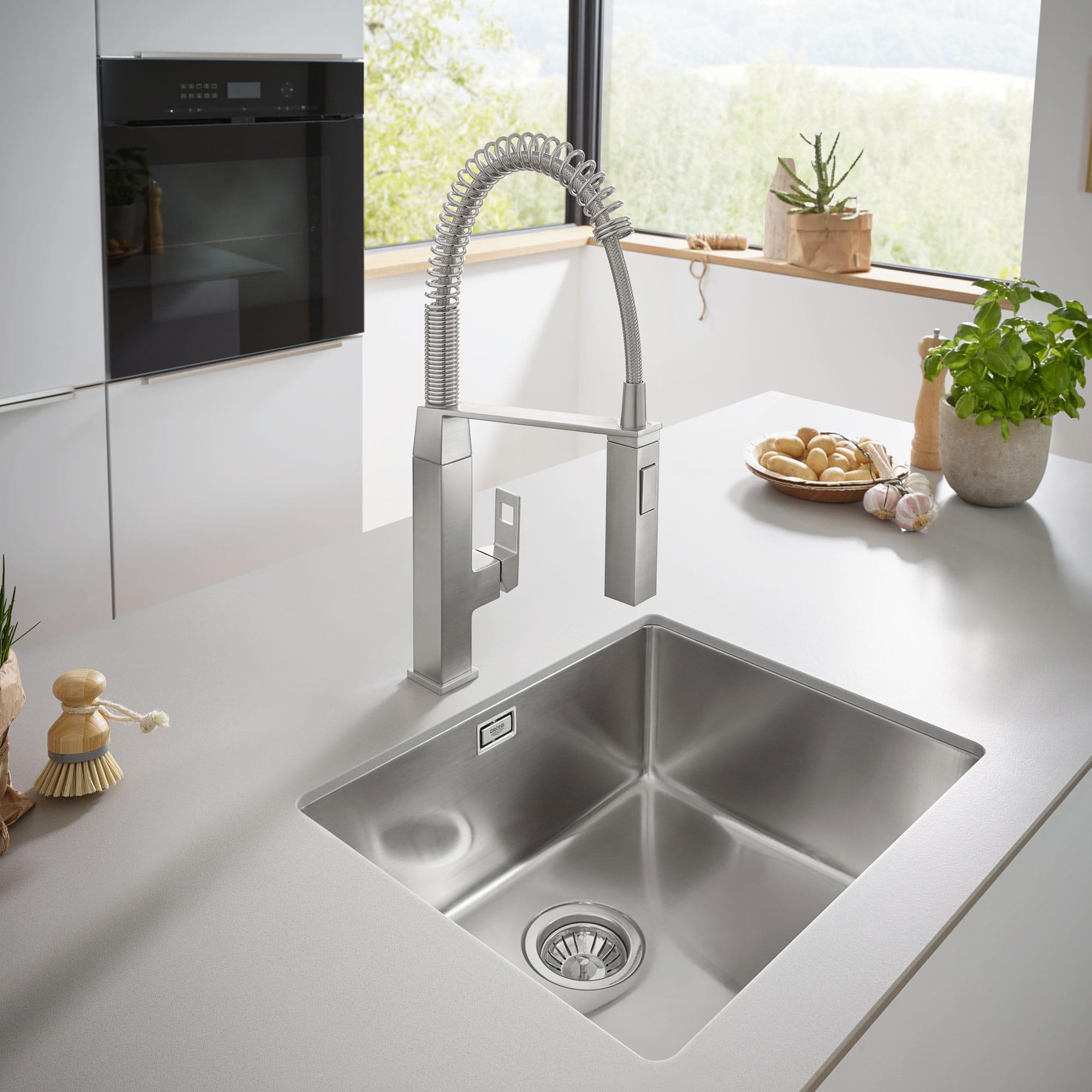 Eurocube Kitchen Faucet