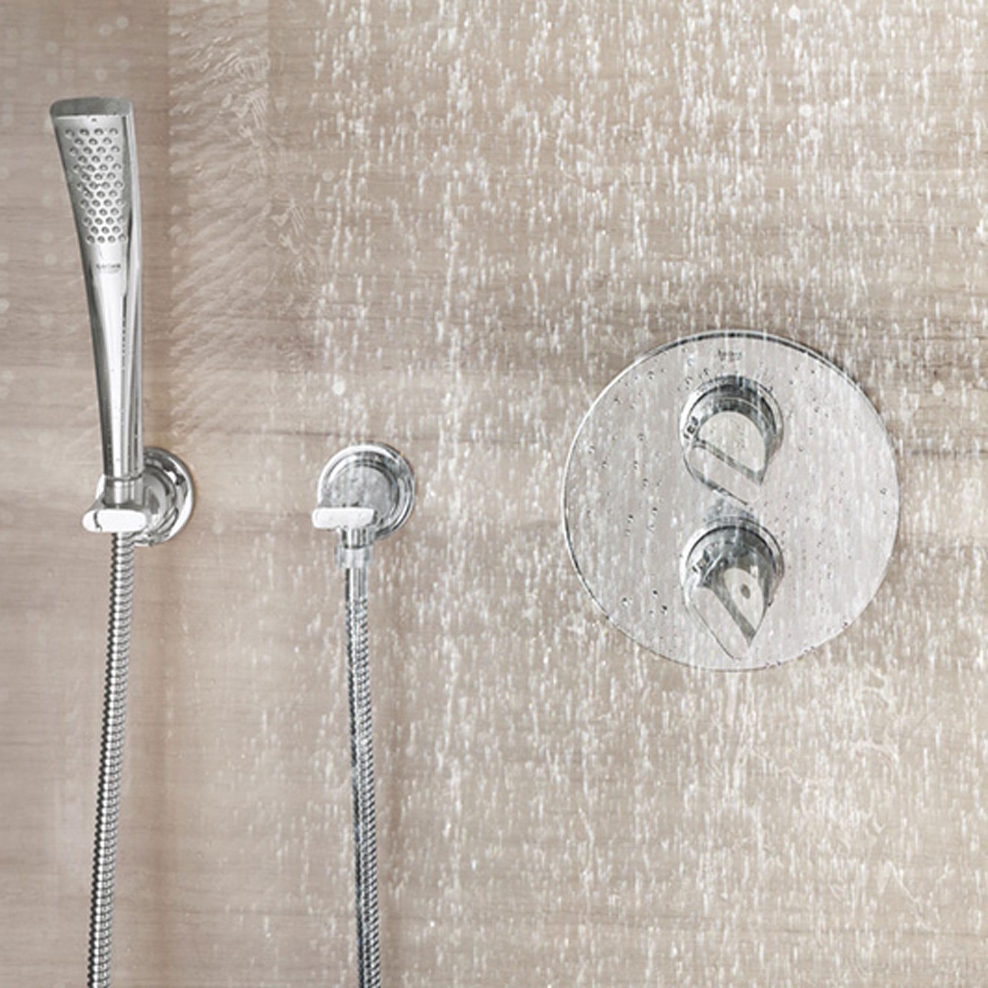 douche courante avec robinet de douche à main