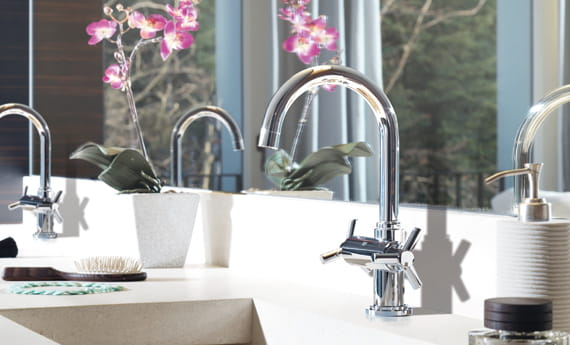 GROHE Faucet with Pink Flower